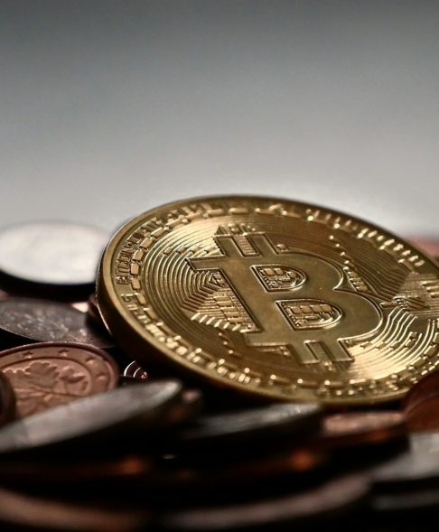 Is the Bitcoin Bottom In? IIB Poll Results Suggest 41% of People Think So
